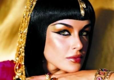 В чем же секрет красоты и блеска волос восточных женщин? Все очень просто, все дело в басме!