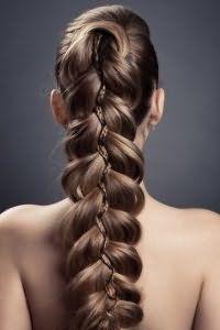 Новогодняя ажурная коса для длинных локонов