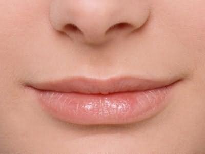 Как выдергивать волосы в носу