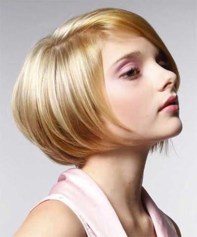 Каре боб на средние волосы