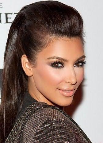 Прически с начесанными волосами пользуются популярностью среди звезд