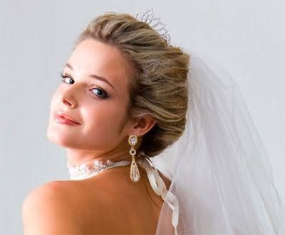 свадебная прическа 2016 на средние волосы