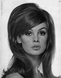 Прическа в стиле 60-х: локоны и начес