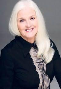 Стрижка на длинные волосы для женщин после 60