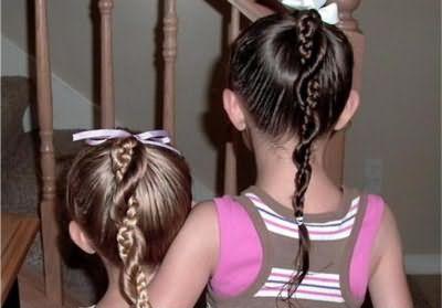 простые прически для девочек на каждый день в школу из косичек