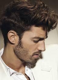 Не стоит увлекаться средствами для укладки, их чрезмерное количество на волосах сделает пряди некрасивыми и тяжелыми