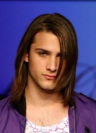 Мужские причёски с распущенными волосами