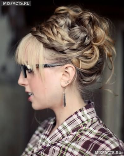 Прическа с косой на длинные волосы