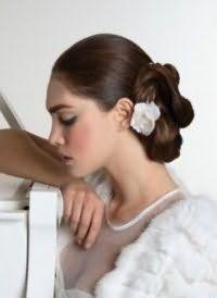 Свадебная элегантная прическа