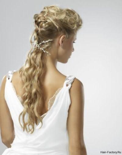 Этот модный тренд популярен у представительниц любой профессии и возраста.
