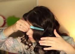 легкие прически с кудрями на длинные волосы 10