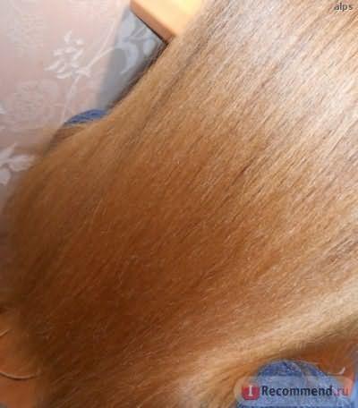 Не скрывает торчащие волоски по длине