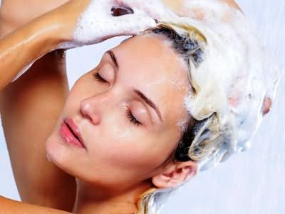 Как выбрать шампунь для объема волос