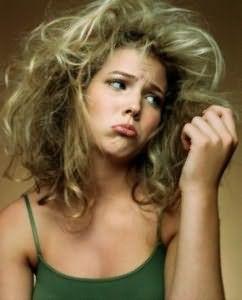 Не злоупотребляйте средствами для укладки – они пересушивают волосы