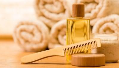 Репейное масло борется с жесткостью и сухостью