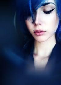 тоник для волос синего цвета 2