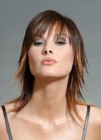 стрижка на тонкие редкие волосы средней длины 6