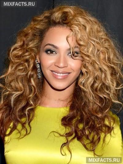 стрижки каскад на волнистые волосы