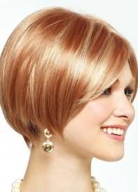 короткие стрижки на тонкие волосы для объема 3