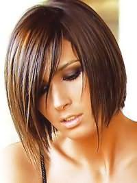 Модная женская стрижка на средние волосы 2017 1