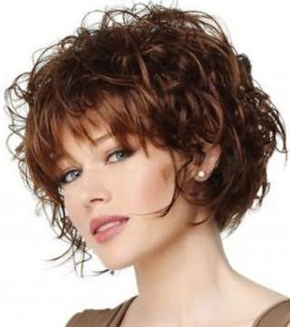 Стрижка для кудрявых волос для круглой формы лица