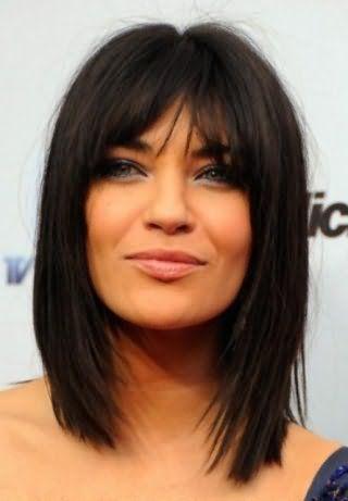 Стрижка на средние волосы для прямоугольной формы лица