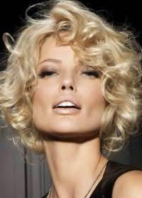 красивые стрижки на кудрявые волосы 1