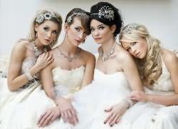 Модные свадебные прически 2016