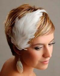 Ретро прическа на свадьбу для коротких волос.