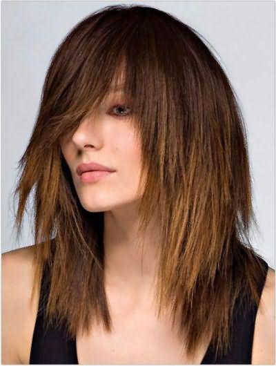 как выполнить каскадную стрижку на длинных волосах с челкой