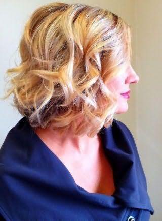 Как накрутить короткие волосы плойкой