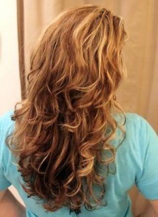 Как сделать волнистые волосы плойкой