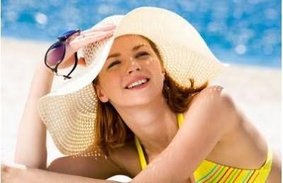 Защищать волосы от солнечных лучей нужно не только во время лечения