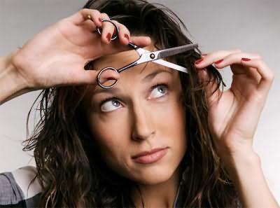 Формирование прически доверьте парикмахеру – это упростит дальнейший уход