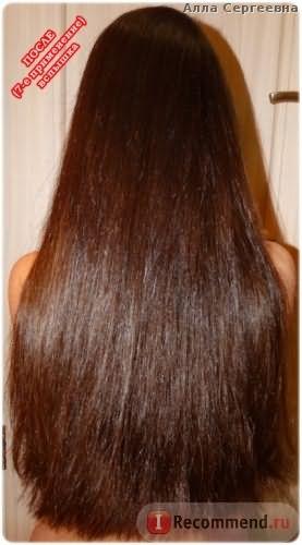 ПОСЛЕ седьмого применения - волосы не до конца высушены, вспышка (нанесение в душе)