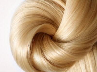 Дополнительное питание корней сделает волосы более крепкими