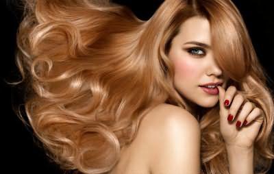 Густые сияющие волосы – визитная карточка ухоженной девушки