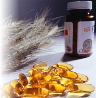 Капсулы с витаминным раствором и масляный раствор витамин - основные компоненты домашних масок