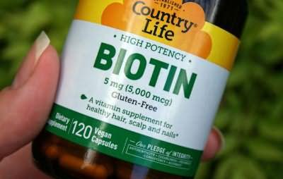 Биотин помогает вернуть волосам здоровье и красоту