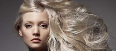 Такой красящий пигмент легко воспримут натуральные русые волосы.