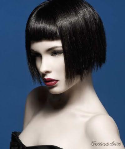 прически на среднюю длину волос