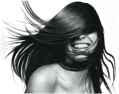 Лечение волос в домашних условиях поможет избавиться от многих проблем.