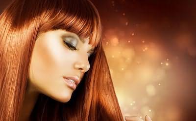 Хна является наиболее известным средством для ухода и лечения волос.
