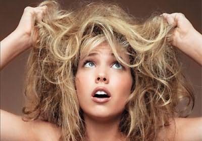 Выбрав правильный способ лечения сухих волос, вы сделаете их послушными и шелковистыми.