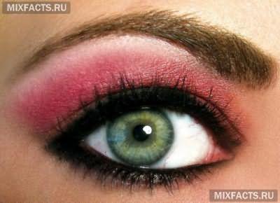 какие тени подходят для макияжа зеленых глаз?