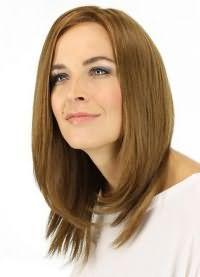 красивые стрижки на средние волосы без челки 6